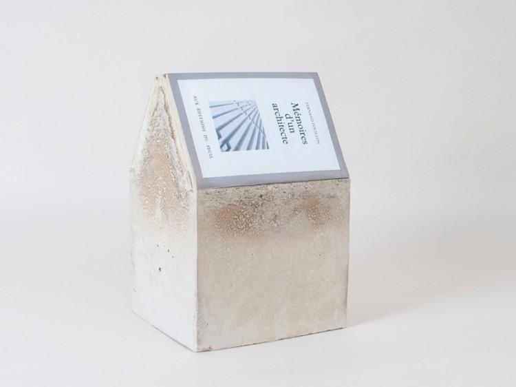 Récit pro cité - Pascal Brateau / béton et livre - 18x20,5x30,5 cm - 12 exemplaires - 120 €