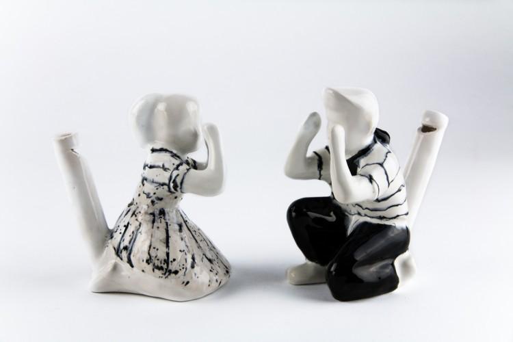 Les siffleurs - Amandine Meyer / couple, faïence émaillée - 11x10x7 cm - 12 exemplaires - 200 €