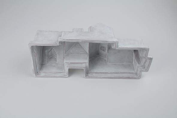 Hors d'oeuvre - Estelle Chrétien & Miguel Costa / terrine en céramique émaillée - 29x10x10cm - 6 exemplaires - 450€