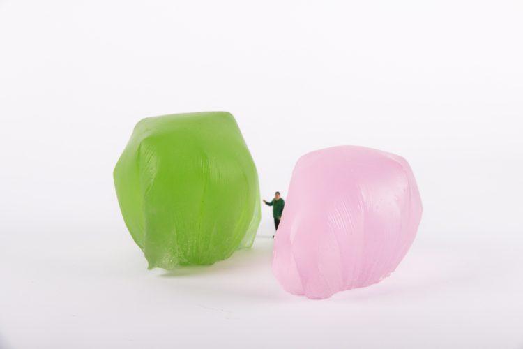 Sacs plastiques - Sylvie Antoine / pâte de verre et figurine - 30x20x15cm - 2 exemplaires